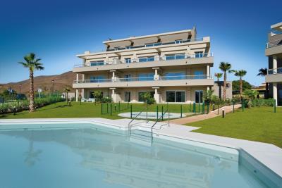 A3_Sun_Valley_apartments_Cala-Resort_pool_Oct-2020