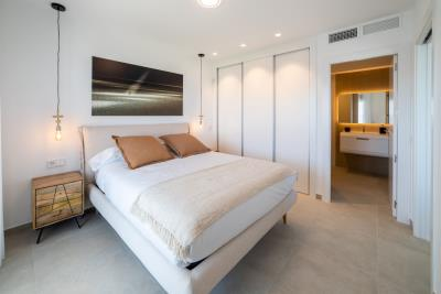 B5-1-Iconic-Gran-Alacant-bedroom_May-21