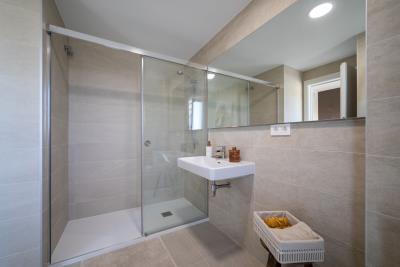 B13-Kiruna-HILLS-Bathroom_May-2021