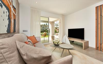 B2-2-Port-Blau-living-room