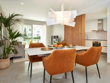 B4-2-Port-Blau-living-room