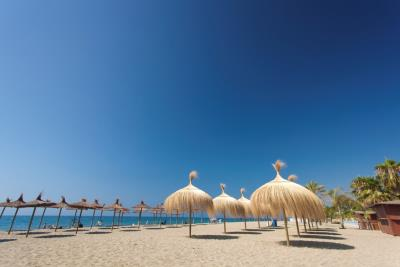 C7_Marbella---playa_Nagueles
