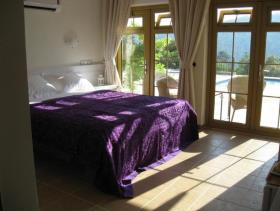 Image No.9-9 Bed Hotel for sale