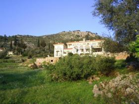 Image No.0-9 Bed Hotel for sale