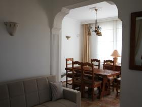 Image No.4-Villa / Détaché de 6 chambres à vendre à Uzumlu