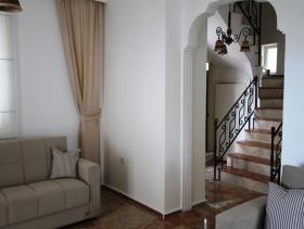 Image No.6-Villa / Détaché de 6 chambres à vendre à Uzumlu
