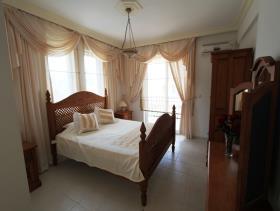 Image No.16-Villa / Détaché de 6 chambres à vendre à Uzumlu