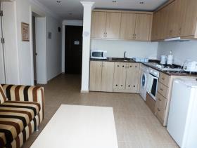 Image No.2-Appartement de 2 chambres à vendre à Hisaronu