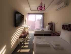 Image No.14-6 Bed Villa for sale