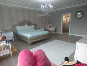 Image No.11-9 Bed Villa / Detached for sale