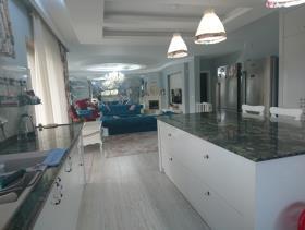 Image No.4-9 Bed Villa / Detached for sale