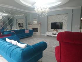 Image No.8-9 Bed Villa / Detached for sale