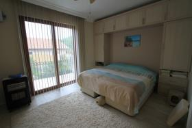 Image No.16-2 Bed Bungalow for sale