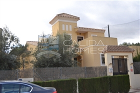 Image No.0-4 Bed Villa for sale