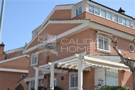 Image No.1-Maison de ville de 7 chambres à vendre à Murcie