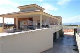 Image No.1-Villa de 4 chambres à vendre à Murcie