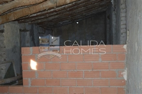 Image No.14-8 Bed House for sale