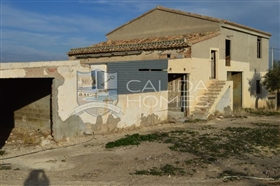 Image No.1-8 Bed House for sale