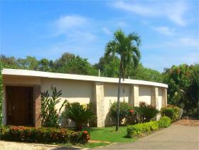 Image No.2-Villa de 4 chambres à vendre à Sosua