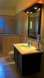 2-bathroom2a