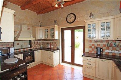 kitchen-1533036311