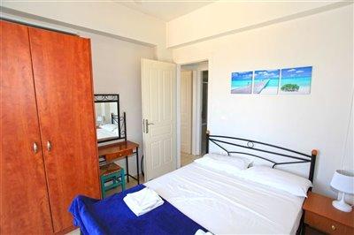 17mainbedroom2-1566396364