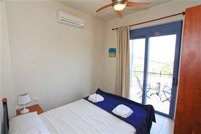 16mainbedroom-1566396364