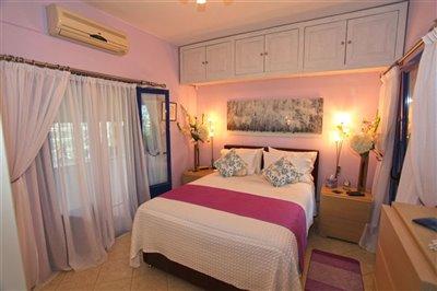 15mainbedroom-1605954606
