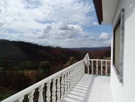 Image No.2-Maison de 3 chambres à vendre à Castanheira de Pêra