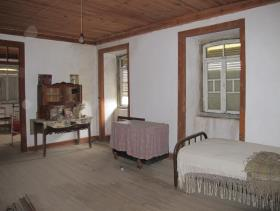 Image No.22-6 Bed Country House for sale