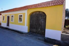 Image No.1-3 Bed Cottage for sale