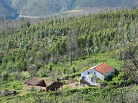 Pampilhosa da Serra, Farmhouse