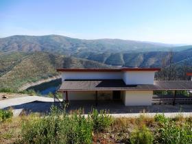 Image No.0-Maison / Villa de 2 chambres à vendre à Oleiros