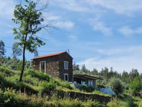 Image No.0-2 Bed Country Property for sale