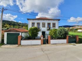 Image No.2-Maison de 4 chambres à vendre à Castanheira de Pêra