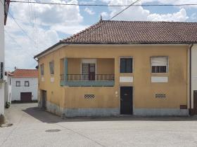 Image No.0-Maison de campagne de 4 chambres à vendre à Pedrógão Grande