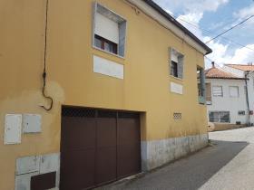 Image No.3-Maison de campagne de 4 chambres à vendre à Pedrógão Grande