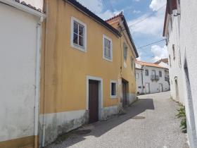 Image No.2-Maison de campagne de 4 chambres à vendre à Pedrógão Grande