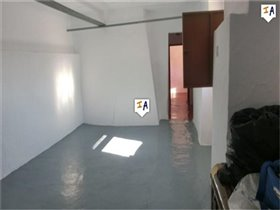 Image No.5-5 Bed House for sale