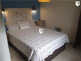 Image No.10-Ferme de 11 chambres à vendre à Montefrío