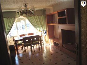 Image No.5-3 Bed Commercial for sale