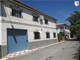 Image No.0-Maison de 4 chambres à vendre à Charilla