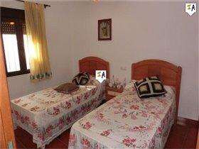 Image No.12-Maison de 4 chambres à vendre à Almedinilla