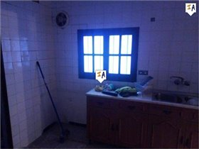 Image No.7-4 Bed House for sale