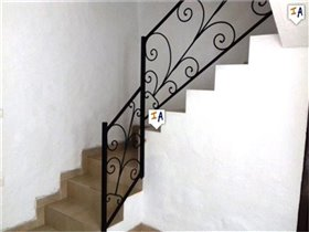 Image No.7-2 Bed House for sale