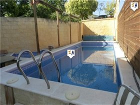 Image No.1-5 Bed House for sale