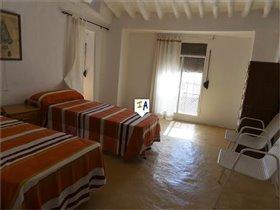 Image No.7-Maison de 4 chambres à vendre à Almedinilla