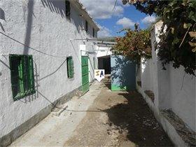 Image No.4-Ferme de 3 chambres à vendre à Alcalá la Real