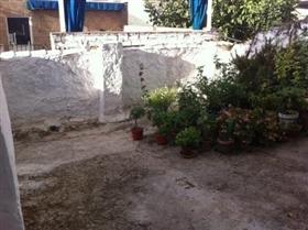 Image No.2-Maison de ville de 4 chambres à vendre à Martos