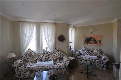 5--lounge-_resize